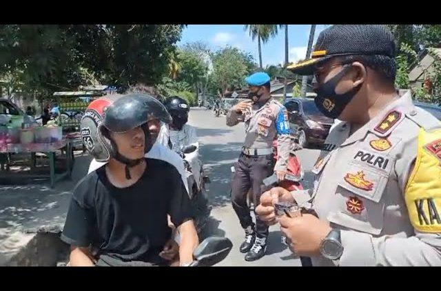 Personel Gabungan Razia Masker di Rote Ndao